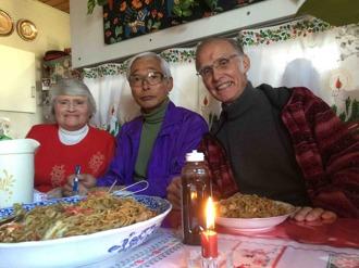 Kerstin och Bosse tillsammans med vår japanska chaufför.