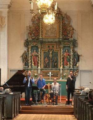 エークシェ教会でのコンサート