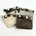 Ull/Wool - Myntbörs/Coin Purse - Myntbörs/Coin Purse - Blommor/Flowers Naturvit/Nature White