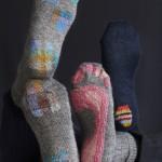 Darned socks, Hemslöjdens förlag 2019. Photo: Karin Björkquist