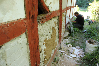 Renovering av korsvirkesfack på Himmelstorpsgården