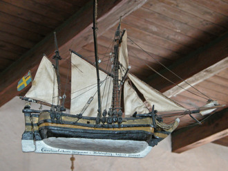 Votivskepp skänkt 1738 av Cornelius Eriksson Bohle som var färjeman i Helsingborg