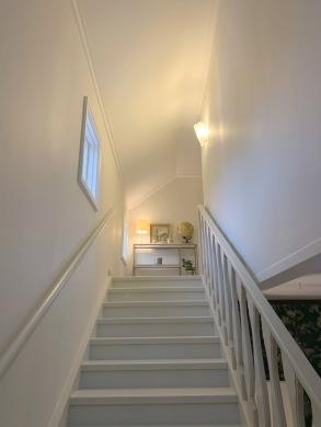 Trappa samt hall övre våningen