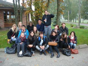 De svenska ungdomarna som deltog under forumet