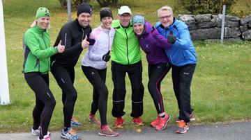 P4 tränar, tummen upp för dagens träning! Annelie, Ricky, bengt, Emelie och Leif.