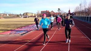 Många löpgrupper på gång nu, kul, inspirerande och fantastiskt att se de utvecklas! Tar också mycket energi och tid, men det är det värt!