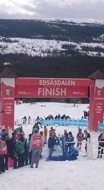 Härlig spurtbacke till mål i Edsåsdalen, får bli avslut på denna längdsäsong