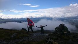 På väg mot toppen på Ottfjället