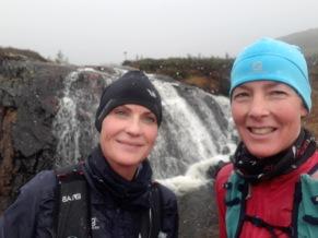 Fjällöpning tillsammans med upplevelser, vattenfall,  snö, höst och vinter möts och vi fick uppskatta allt det innebär