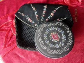 Utförsäljning! Handbroderad aftonväska med portmonnä - Aftonväska med pärlmönster och portmonä