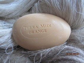 Vår ljuvligt  gåsäggstvål med apelsinbloms doft! - Gåsäggstvål i ljuvlig apelsindoft.