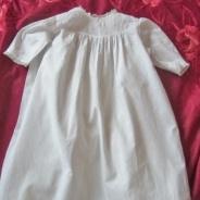 Söker du en söt dopklänning i absolut finaste skick?
