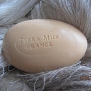 Vår ljuvligt  gåsäggstvål med apelsinbloms doft!