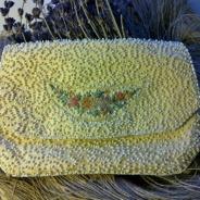 Utförsäljning!  En liten aftonväska, fint handgjord pärlbroderi.