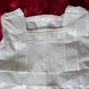 En antik ljuvligt söt barnklänning, Oanvänd!