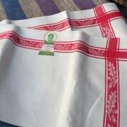 En härlig handduksräcka i vackraste hellinne och i Bästa Skick!