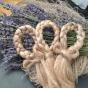 Åter i lager! En vacker glänsande handgjord linfläta!