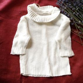 En äldre tröja till dockan i vitt. - En söt docktröja