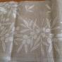 Snygg duk i hellinne från Almedahls, 2 m x 145 cm. Oanvänd!