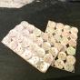 24 st. vackra skimrande pärlemoknappar, 10 mm. Orginalförpackning.