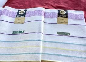 Rea! Två handduksräckor i pastellfärger. Handdukarns mått: 70 x 50 cm. Härligaste kvalité. - Rea! Två handduksräckor i allra bästa kvalité!