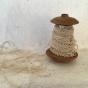 Antik, frivolité spets, en fint handgjord smal spets. Oanvänd!