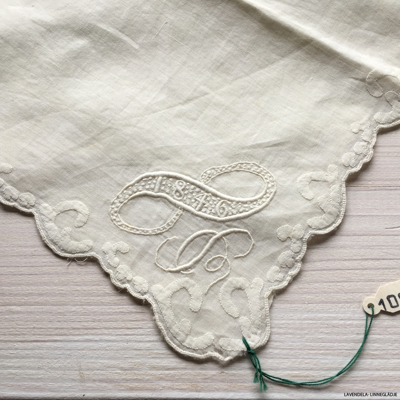 En ljuvlig näsduk, 170 år gammal!