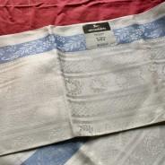 En elegant, glänsande handduksräcka med blåa bårder. Almedahls, Bästa skick!