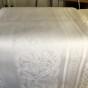 Julpris! Den vackraste av dem alla! Draken, damastduken, design, S.Sohlman. Storlek: 240 x 130 cm. - Den vackraste damastduken! Draken, 240x 130 cm.