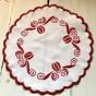 En söt, nätt julduk i rött och vitt. Fint skick! - Julpris! En söt mindre julduk