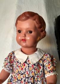 Bästa priset! Den sötaste dockan från 50-talet! Välbevarad och välklädd. - Bästa priset! Sötaste dockan av dem alla!