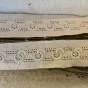 En snygg brodyrspets i bomull, 245 cm lång. Oanvänd.