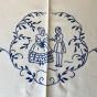 Sommarpris! En vackert broderad i linne med ett fint mönster.