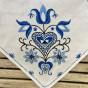 Se upp! Snygg sommarduk i vackert mönster. - Sommar-pris! En vackert handsydd duk i  linne.