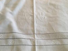 Julpris! Vilket mästerverk i glänsande linne! Antikt,överkast, lakan i bästa skick! - Ett antikt underbart vackert hantverk.