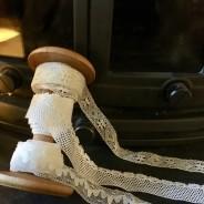 En fin bobobinrulle med tre olika spetsar.
