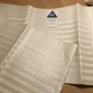 En vackert glänsande hellinne handduksräcka. I Bästa Skick!