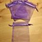 Tio ljust lila organzapåsar, 12 cm x 9 cm. Nyvara!