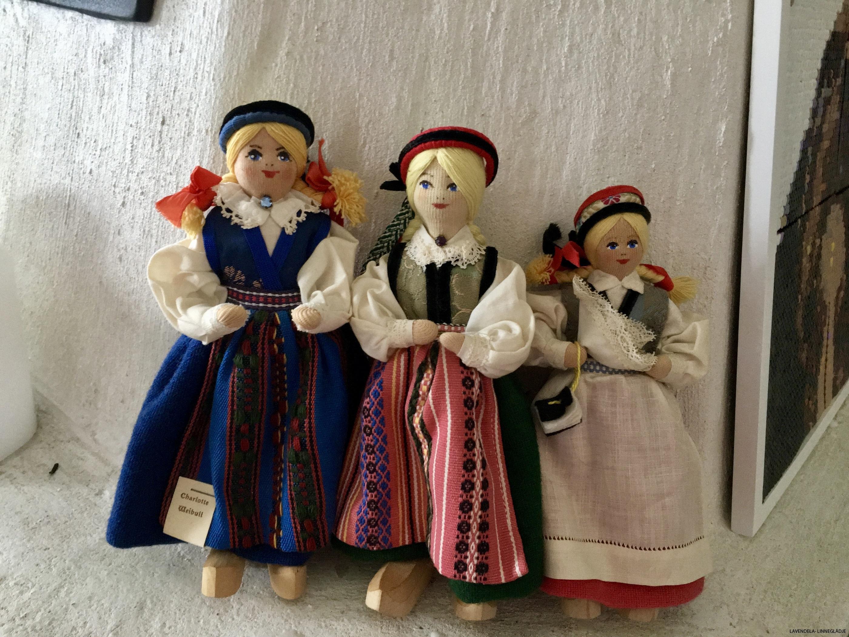 Tre stycken välbevarade dockor