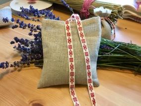 En lavendelkudde. Ca, 10 cm x 8 cm, - Lavendelkudde med ekolavendel