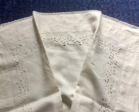 Ett antikt linneörngott, vilket hantverk! - Ett mästerligt hantverk i linne! Rea!