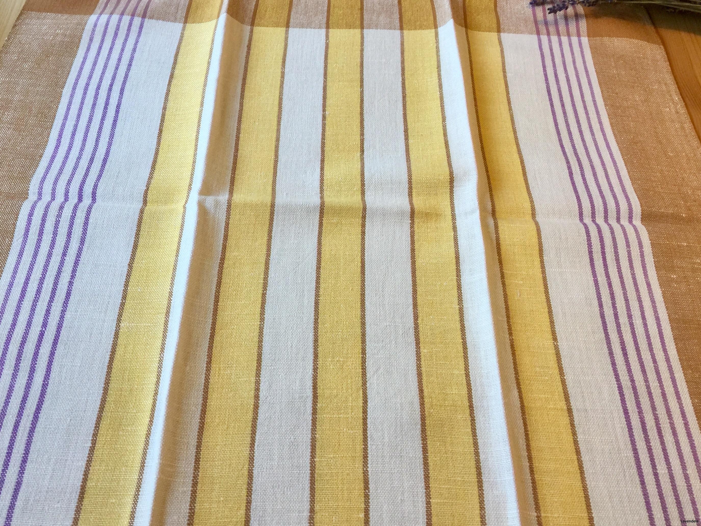 Olika gula nyanser i linne