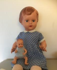 En söt docka från 50-talet. - En söt docka från 50-talet