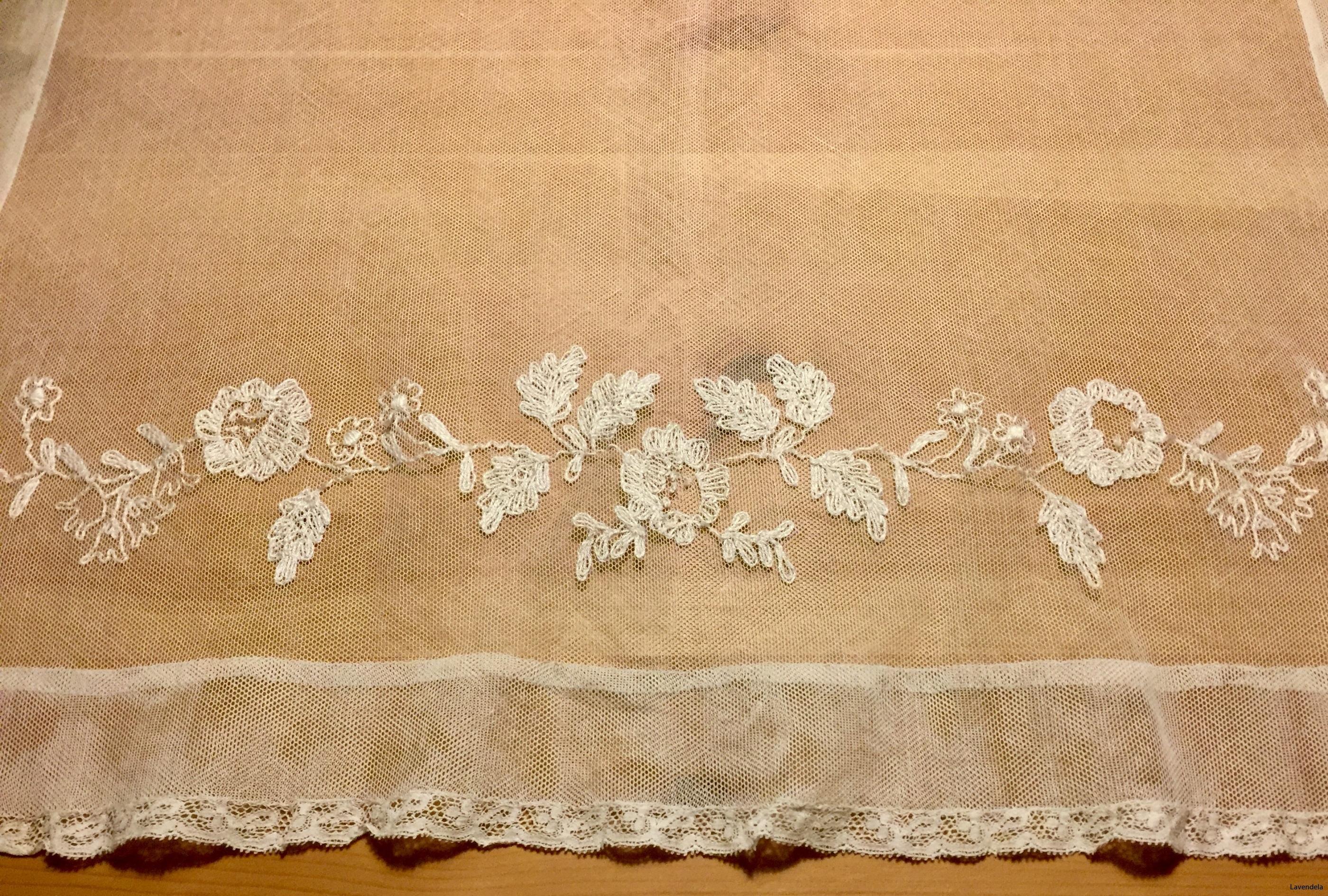 Den mindre gardinen