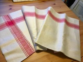 En handduksräcka i bästa kvalite, härlig tyngd,.Bästa skick! - Sommarpris!  En handsräcka i bästa kvalite