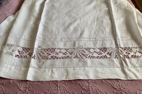 Två ljuvliga antika linnelakan! Måste ses! - Två mycket vackra linneglänsande lakan.