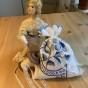 En antik bobinrulle med vackra spetsar!
