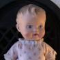 """En söt docka """"the sun rubber"""" klädd i en klänning. - Rea! En söt docka i fint skick."""