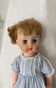 En jättesöt docka, Horsman! Orginalklädsel? - En söt docka, 40 cm lång!
