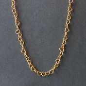 Förgyllt silverhalsband med hjärtan, 70 cm